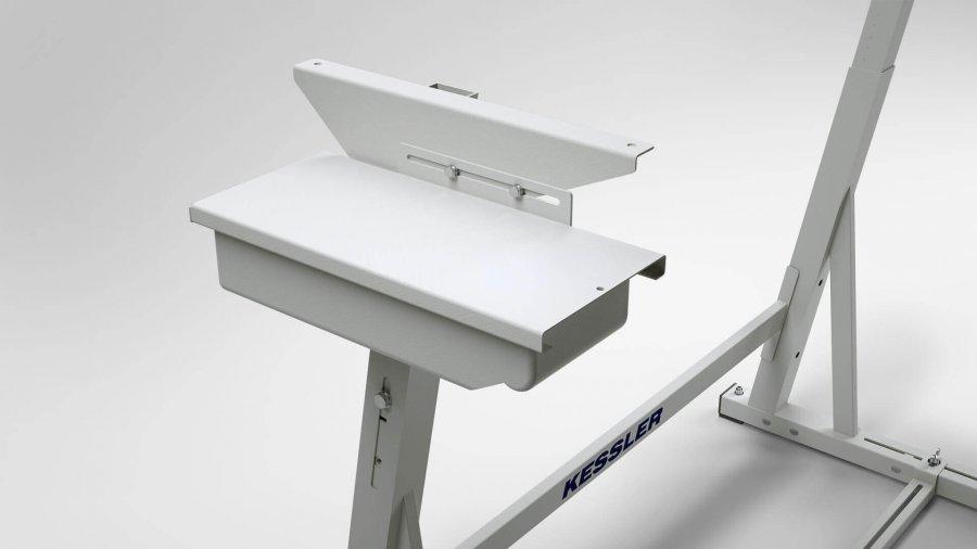 Sitz- oder Steharbeitsplatz KES-B – Schubfach für Auflage